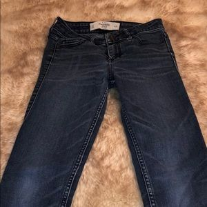 Abercrombie and Fitch 00/24 Skinny Jeans